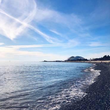 недорогие отели у моря в сочи