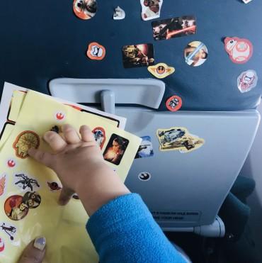 Чем занять малыша в самолете