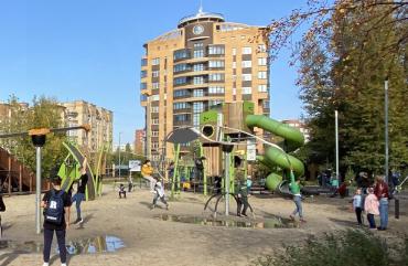 самые интересные игровые площадки Тюмени для детей